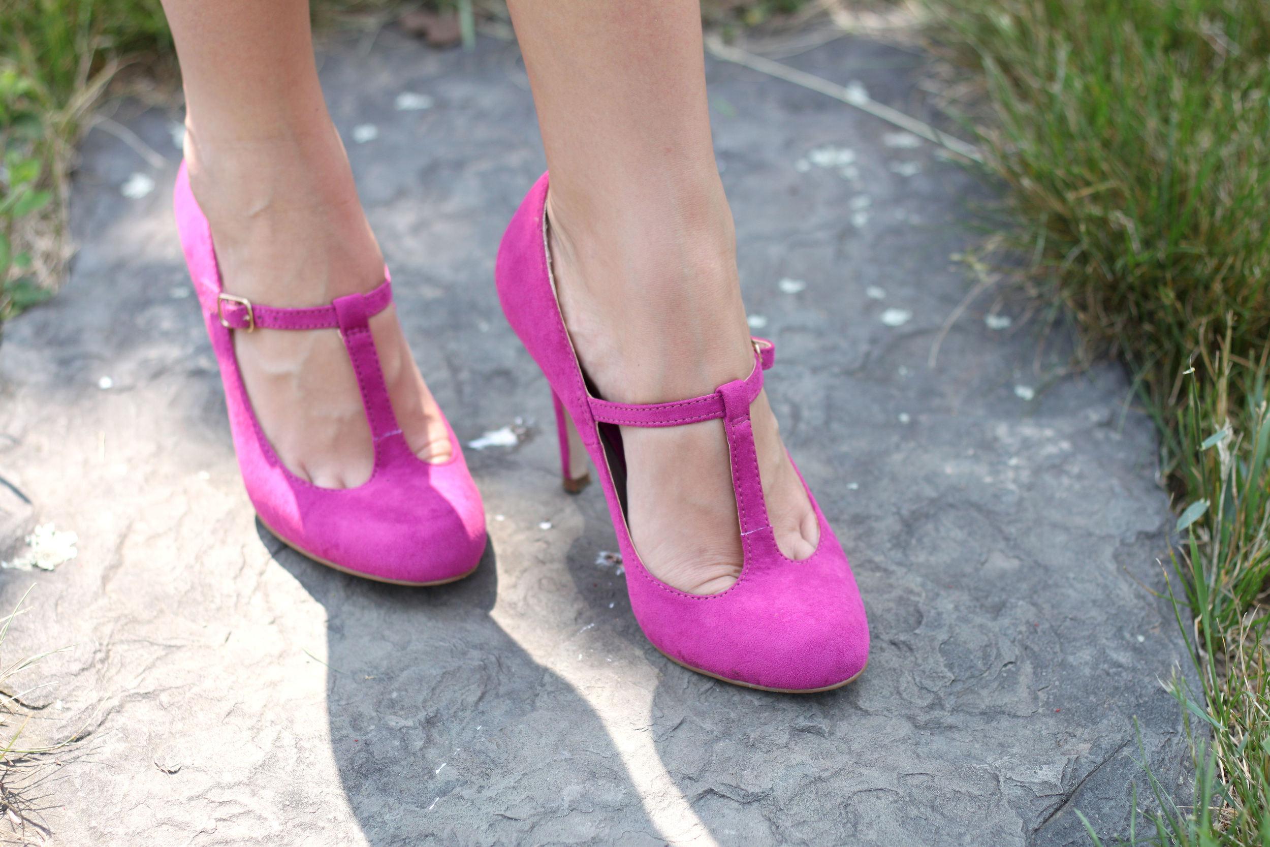 Pink Heels- Enchanting Elgance