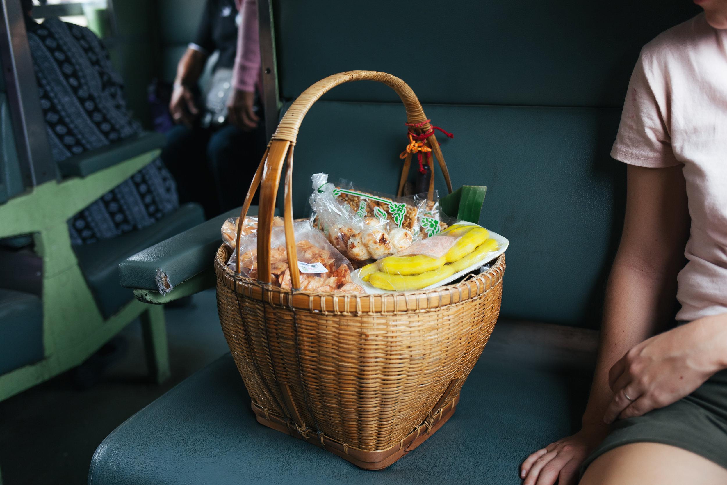 thailand_lampang_ayuthaya_train (60 of 77).jpg