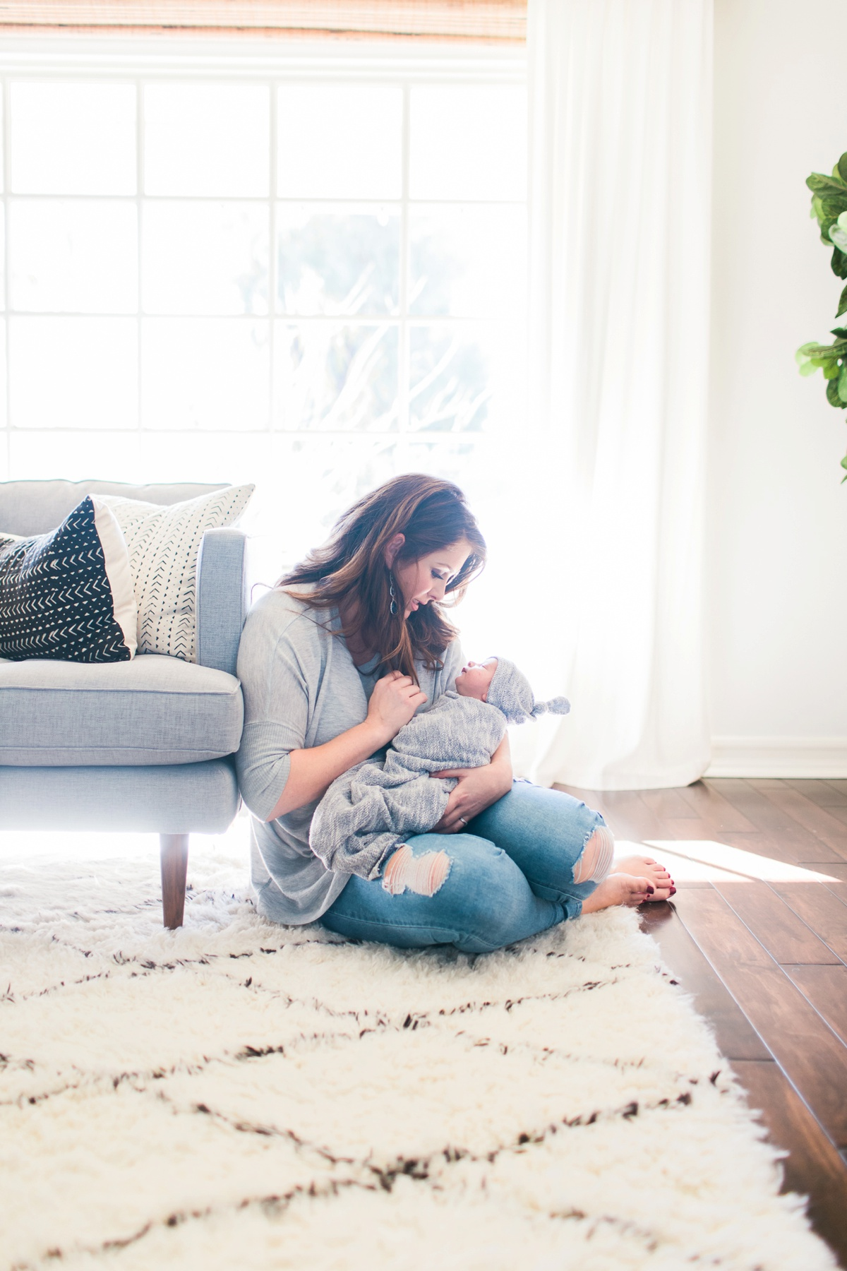 Orange-County-Lifestyle-Newborn-Photography-Kristen-Lynette-Photography_0018.jpg