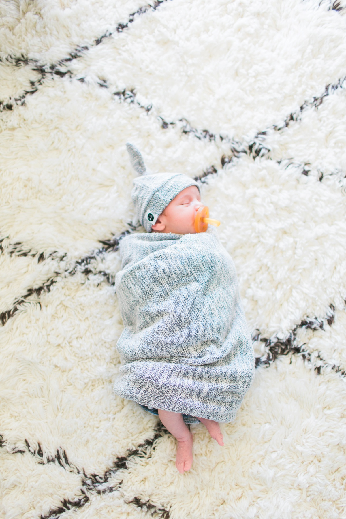 Orange-County-Lifestyle-Newborn-Photography-Kristen-Lynette-Photography_0021.jpg