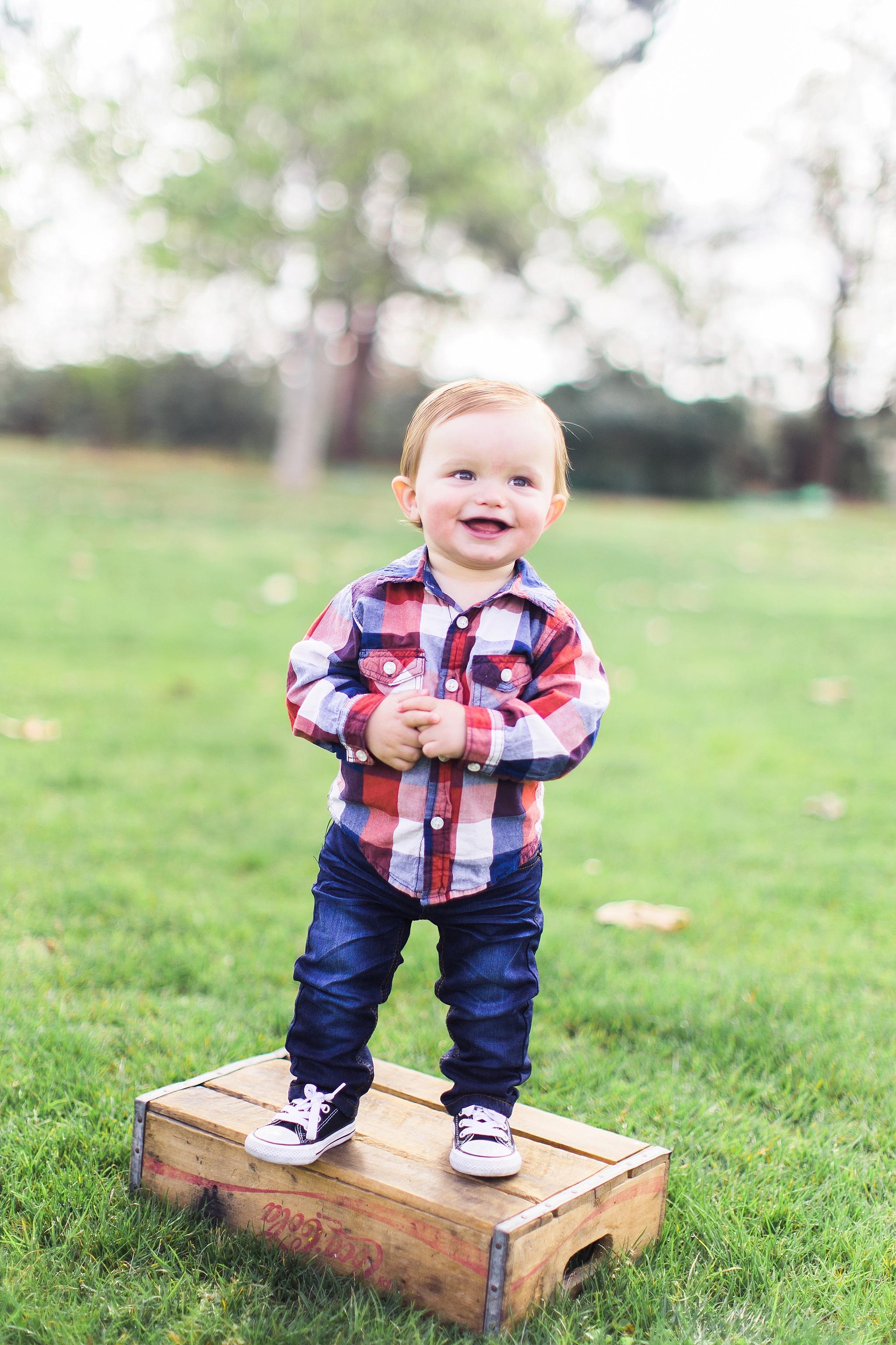 1-year-baby-photos-12_WEB.jpg