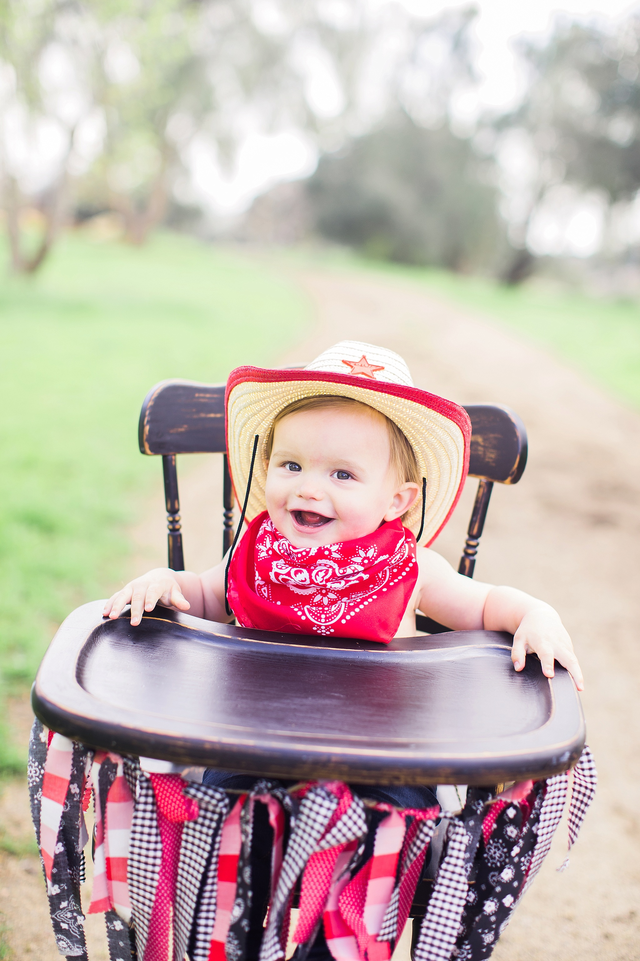 1-year-baby-photos-24_WEB.jpg