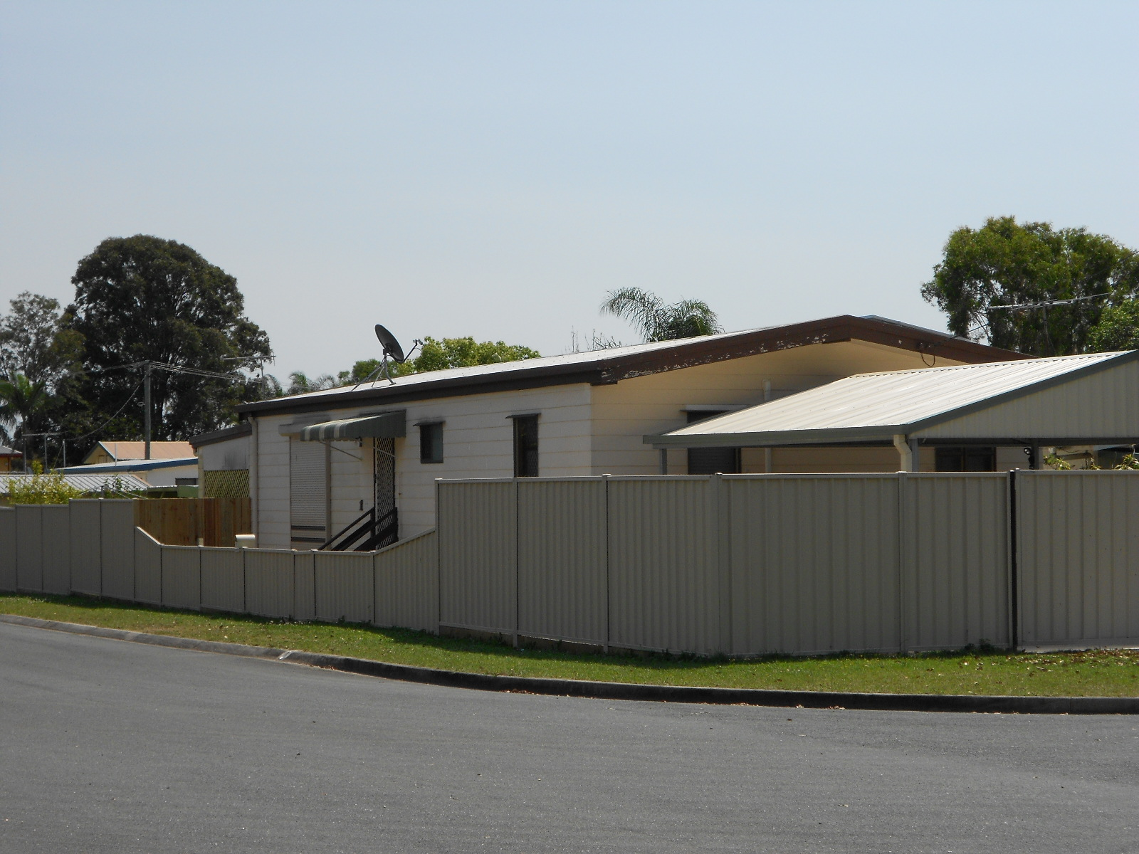 """First Home Buyer. - It might not look like much, but this was my palace back in 2001. I'd taken the money I'd saved in my term deposit and combined it with the first home buyers grant to buy this 3 bedroom box (I mean house) in Deception Bay, Queensland.I hold fond memories of this era as my house was the """"go to"""" place where my friends and I would have BBQ's and party on Saturday nights.I bought the house across the road a mere 8 months late because the Deception Bay market had followed suit after neighbouring Redcliffe had boomed and the equity in my property allowed me to refinance with the bank and grow my portfolio."""