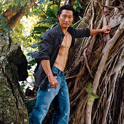 Dadudadudaaduuuu...Hawaii Five O