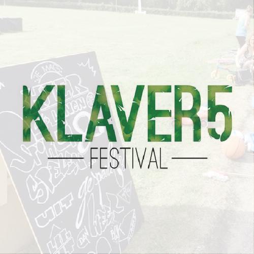 Klaver 5 Festival   Om de aandacht te vestigen op de unieke locatie van het voormalig Shell sportcomplex Vijfsluizen in Vlaardingen en de ontwikkelingsplannen voor het bedrijvenpark 'Klaver 4' heeft Food For Thought het Klaver 5 Festival ontwikkeld en geproduceerd.