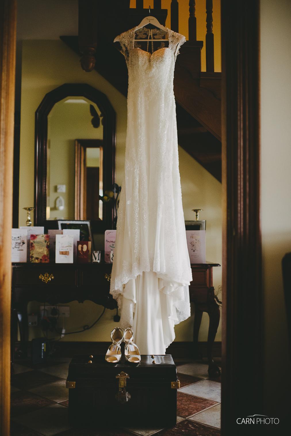 Wedding-Photographer-Killyhevlin-Enniskillen-Hotel-006.jpg
