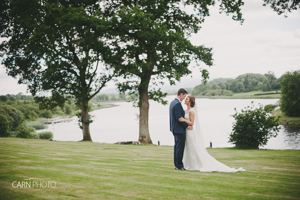 Wedding-Photographer-Killyhevlin-Enniskillen-Hotel-077.jpg