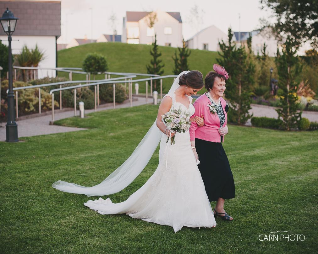 Wedding-Photographer-Killyhevlin-Enniskillen-Hotel-094.jpg