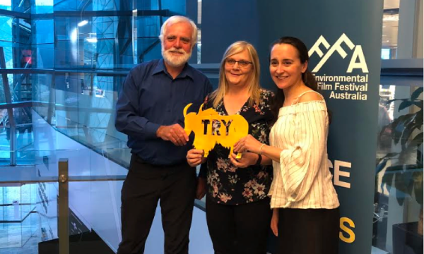 Image: Totally Renewable Yakandandah's Denis Ginnivan with Voices of the Valley's Wendy Farmer and panel host Stephanie Niall from University of Melbourne.