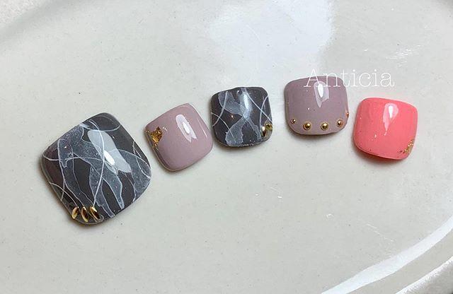 Perfect design for autumn/winter:)) #Anticia #nails #anticianails #japanese #nailsalon #neutralbay #sydney #sydneynails #sydneynailart #weddingnails  #gelnails #nailart #naildesign #biosculpturegel #オーストラリア #シドニー #ネイルサロン #ネイルデザイン #ネイル #美甲 #美爪 #젤네일 #네일아트 #ネイリスト募集中