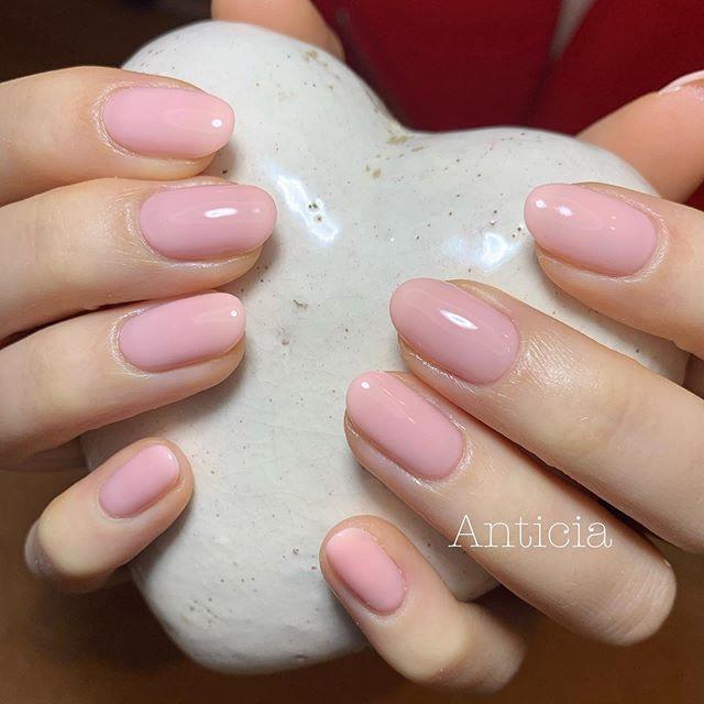 "One of our very popular soft gel colour💅""41M""  #Anticia #nails #anticianails #japanese #nailsalon #neutralbay #sydney #sydneynails #sydneynailart #weddingnails  #gelnails #nailart #naildesign #biosculpturegel #オーストラリア #シドニー #ネイルサロン #ネイルデザイン #ネイル #美甲 #美爪 #젤네일 #네일아트"