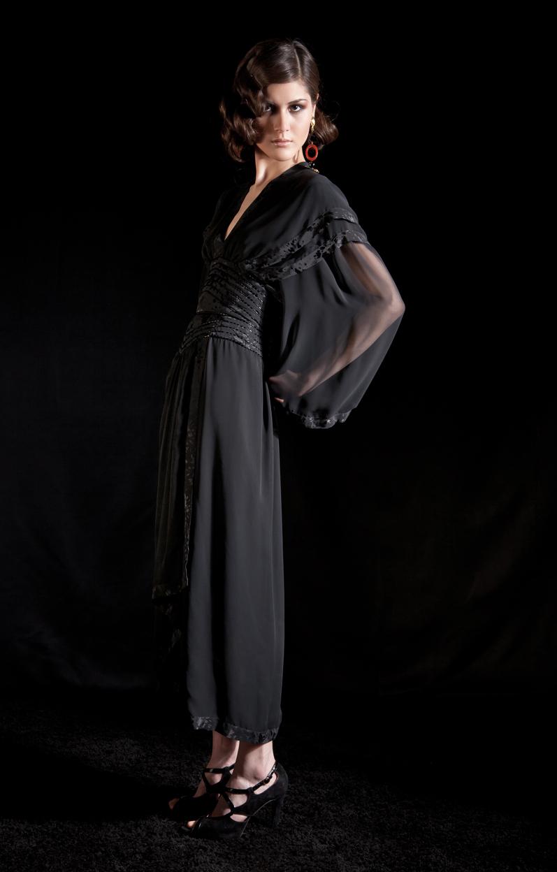 moga-berlin-blackkimono1.jpg