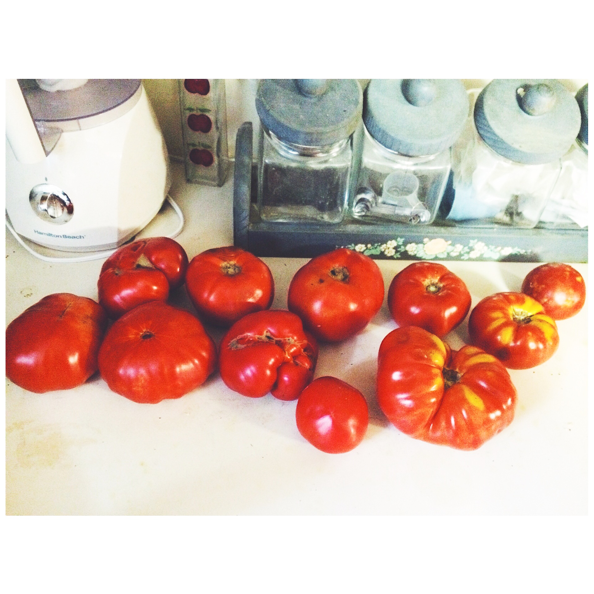 Real tomatoes look like this.