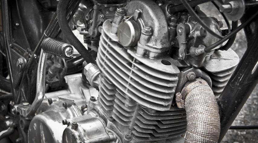 Fred's SR Bobber's engine.