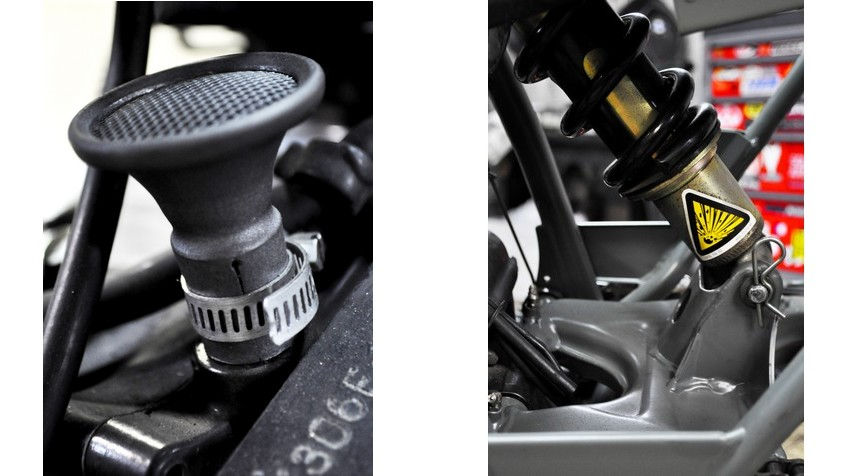 - Bespoke aloy engine breather. - Khaki green powder coated painting of the whole frame + wheels.