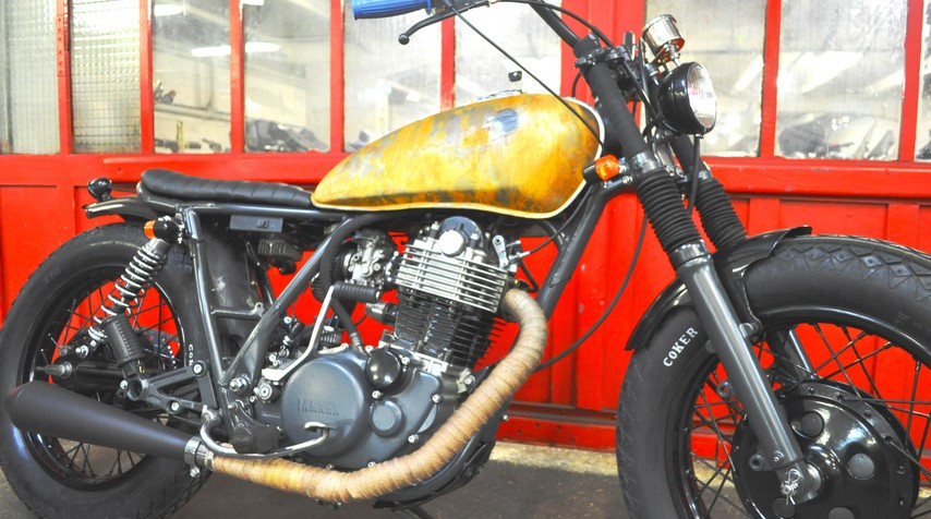 A raw motorcycle for a Milady.
