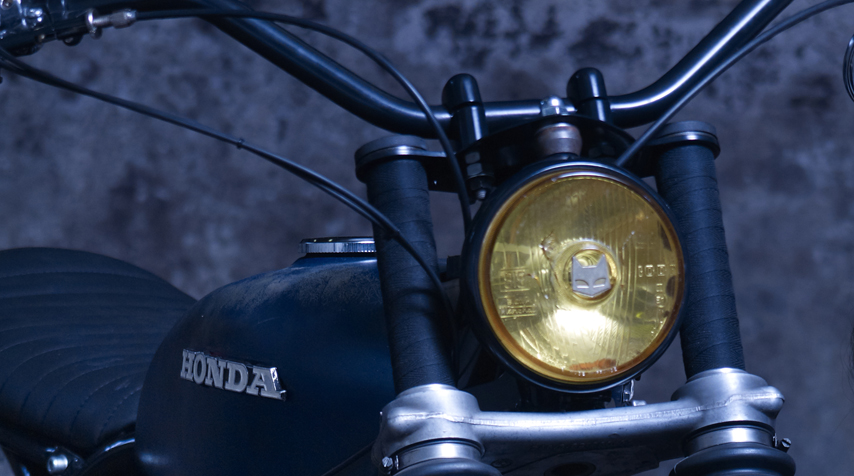 Reconditioned vintageMarchaladditional headlight used for rally cars in the 70's. With a genuine yellow glass.So Chic!