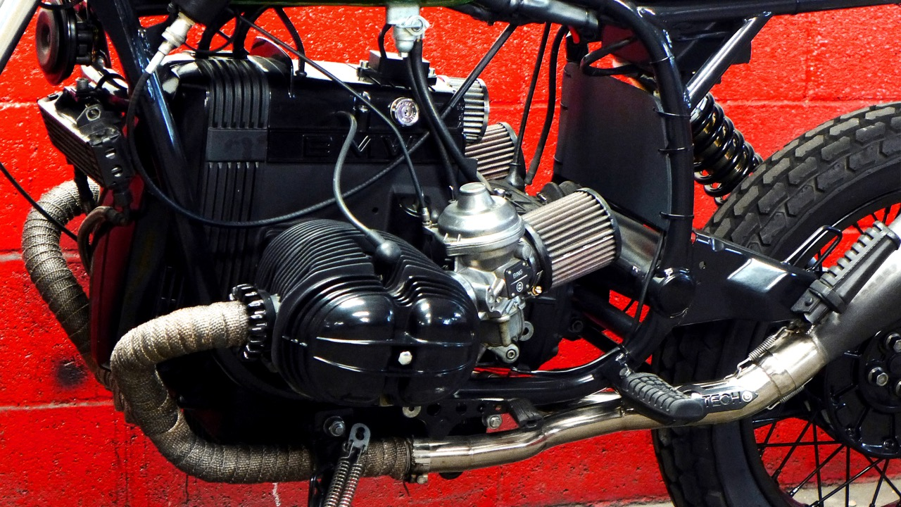 - brand new TCI-AC/CDI ignition+charging sytem installed;  -  K&N  air filters + breather;  - re-jetted carbs to fit the new air filters.