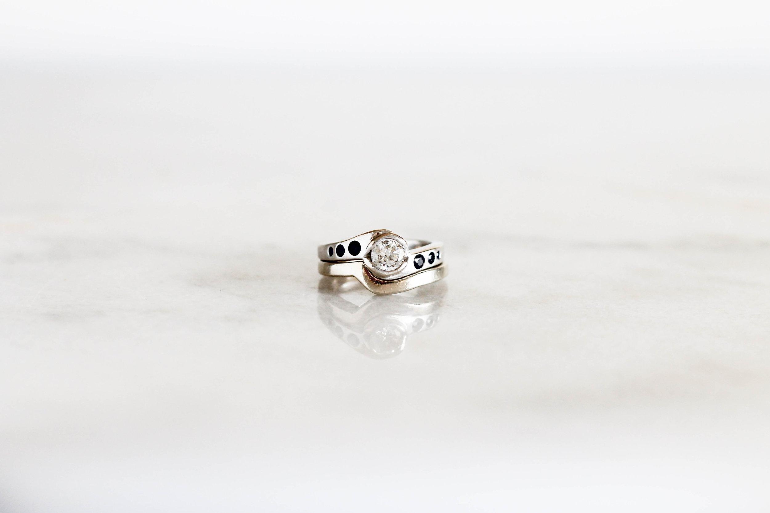 blue-engagement-ring-white-gold