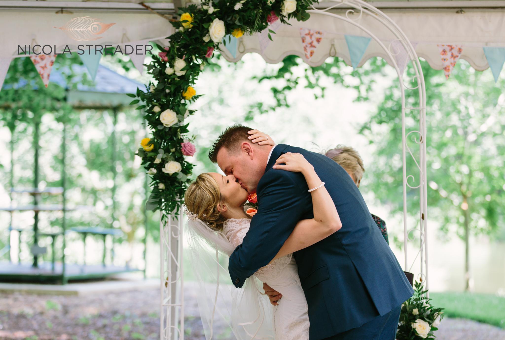 timsbury manor wedding photos