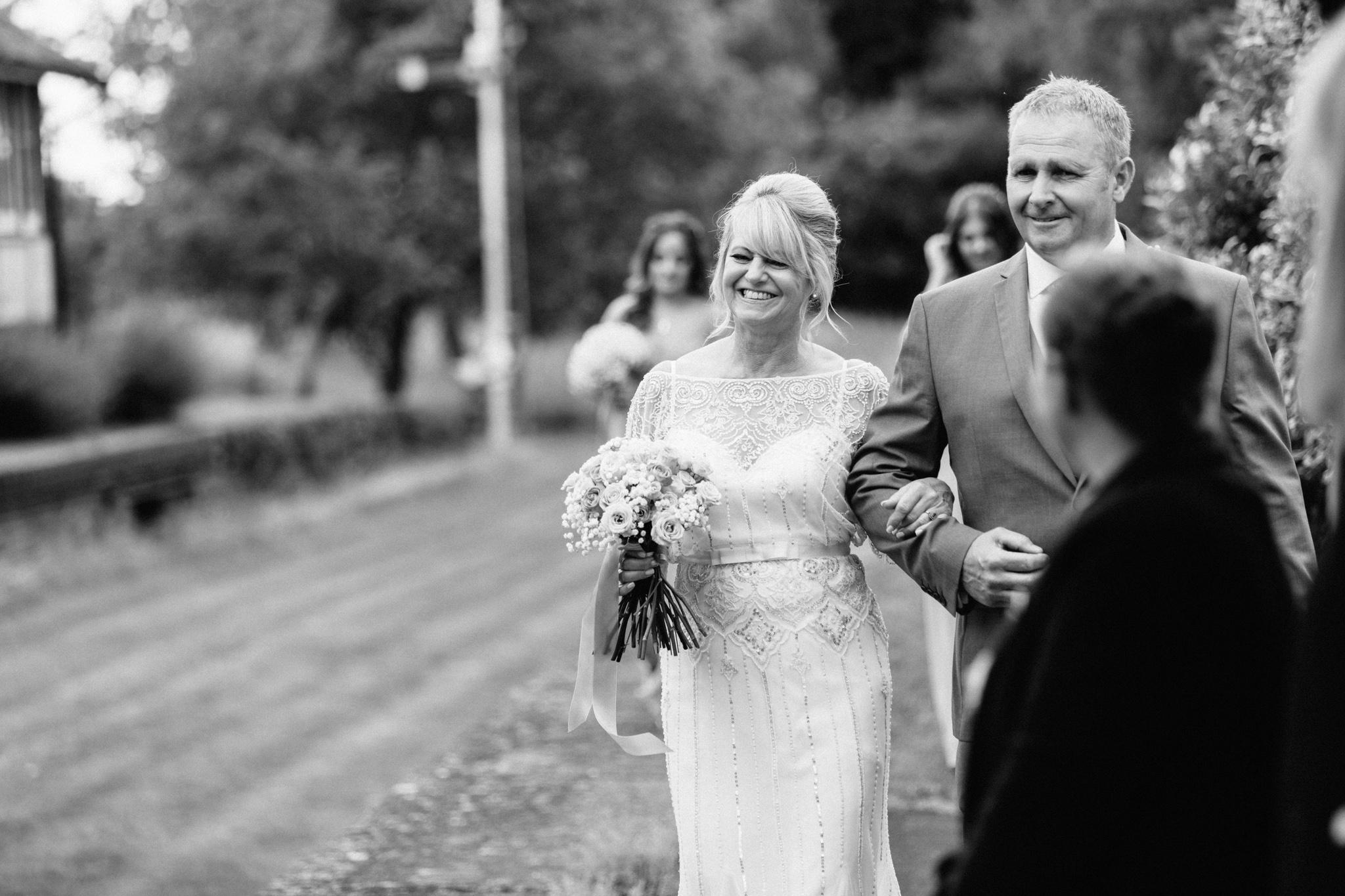 Hampshire Wedding Photographer-12.jpg