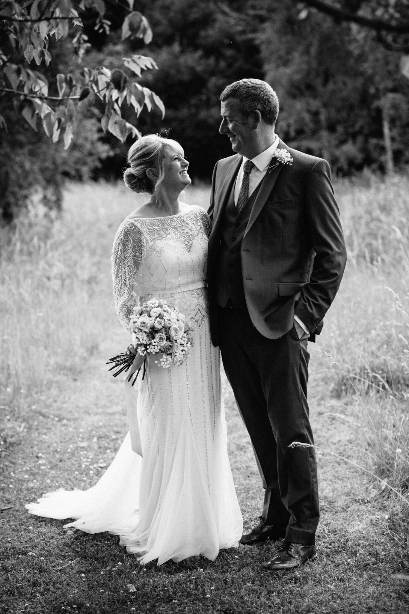 Hampshire Wedding Photographer-16.jpg