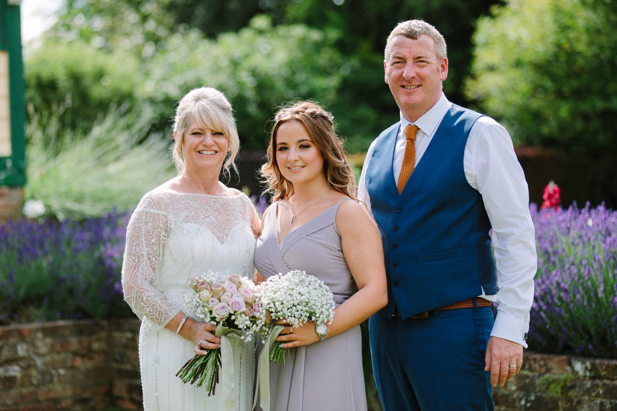 Hampshire Wedding Photographer-20.jpg