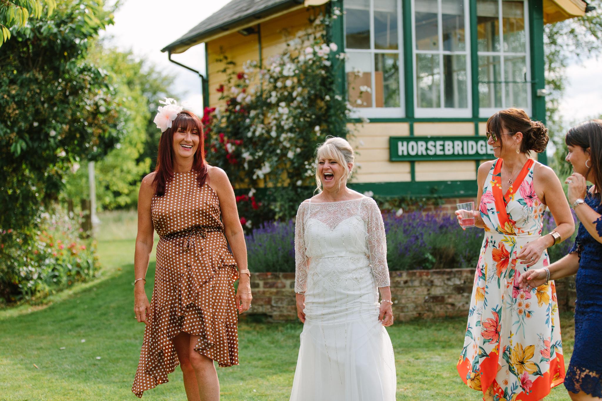 Hampshire Wedding Photographer-22.jpg