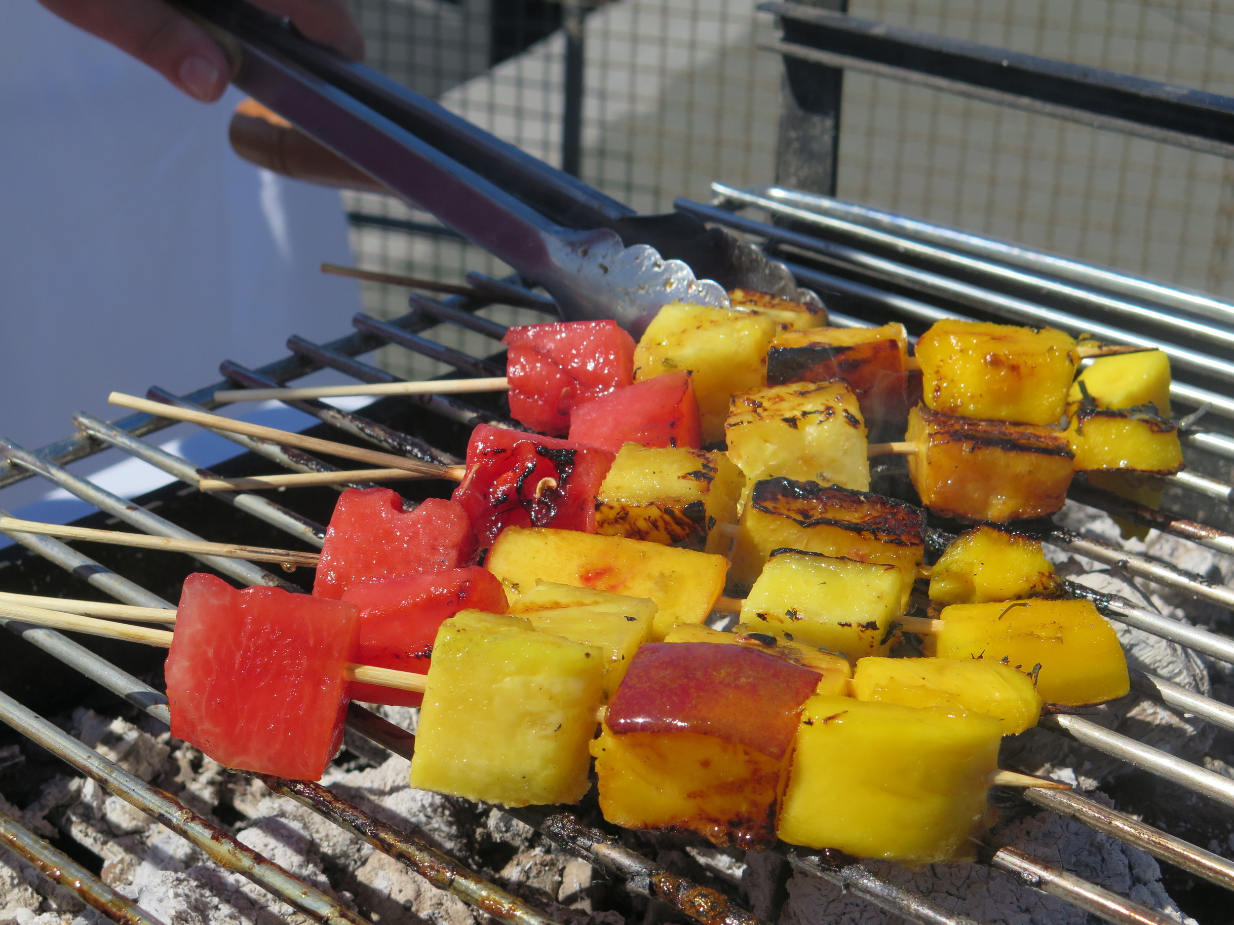 andy-bates-fruit-kababs