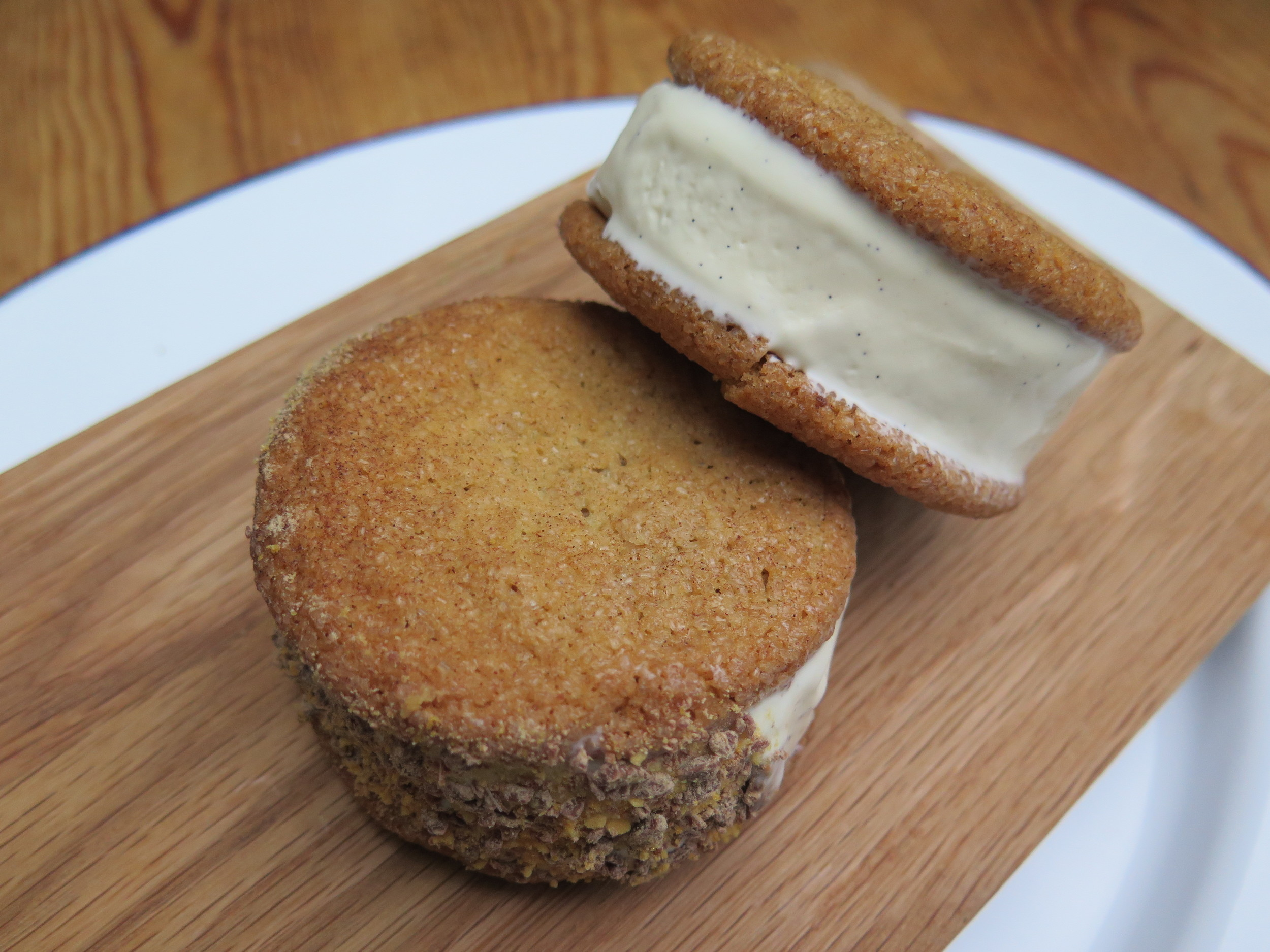 andy-bates-snickerdoodle-ice-cream-sandwich