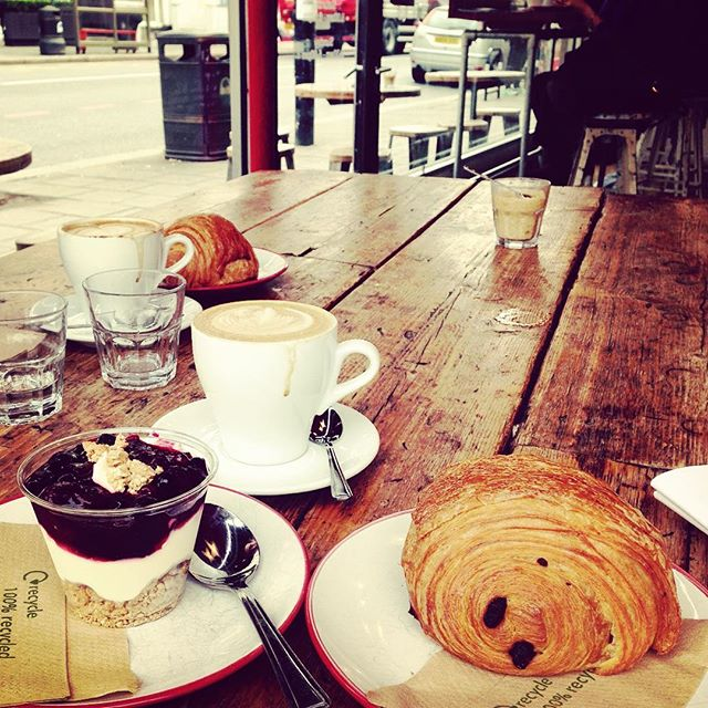 Love Monday mornings like this.. @artisan_coffee