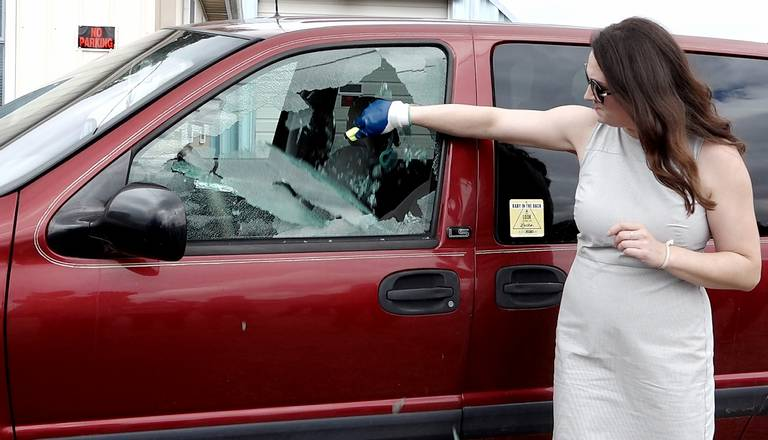 Photo:  https://www.kidsandcars.org/2018/06/26/kansas-removes-lawsuit-fear-for-rescuers-of-children-pets-trapped-in-hot-cars/