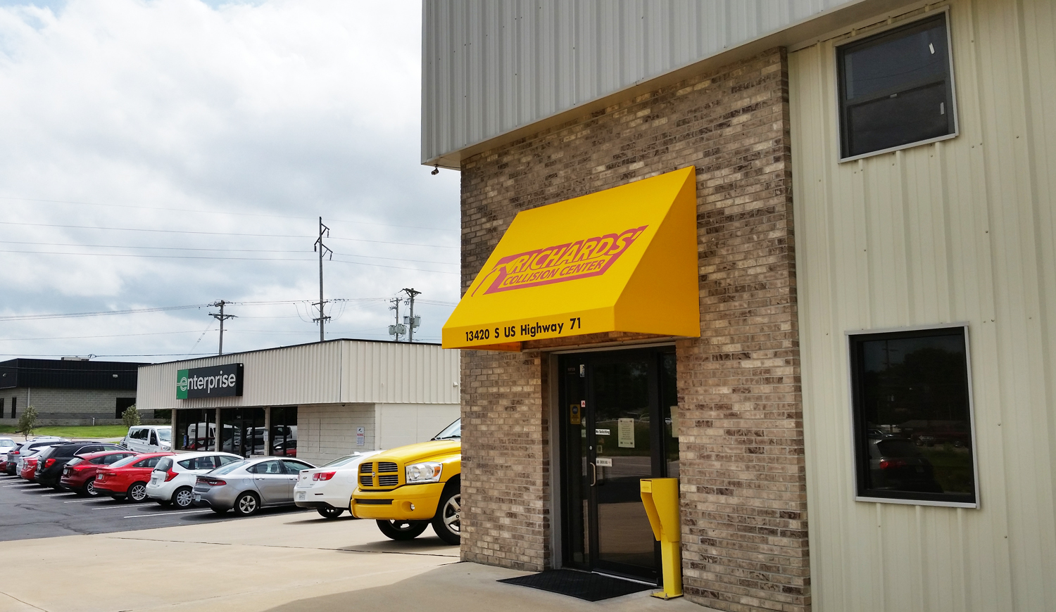 Richards Body Shop >> Richards Collision Center Serving Kc Metrowelcome