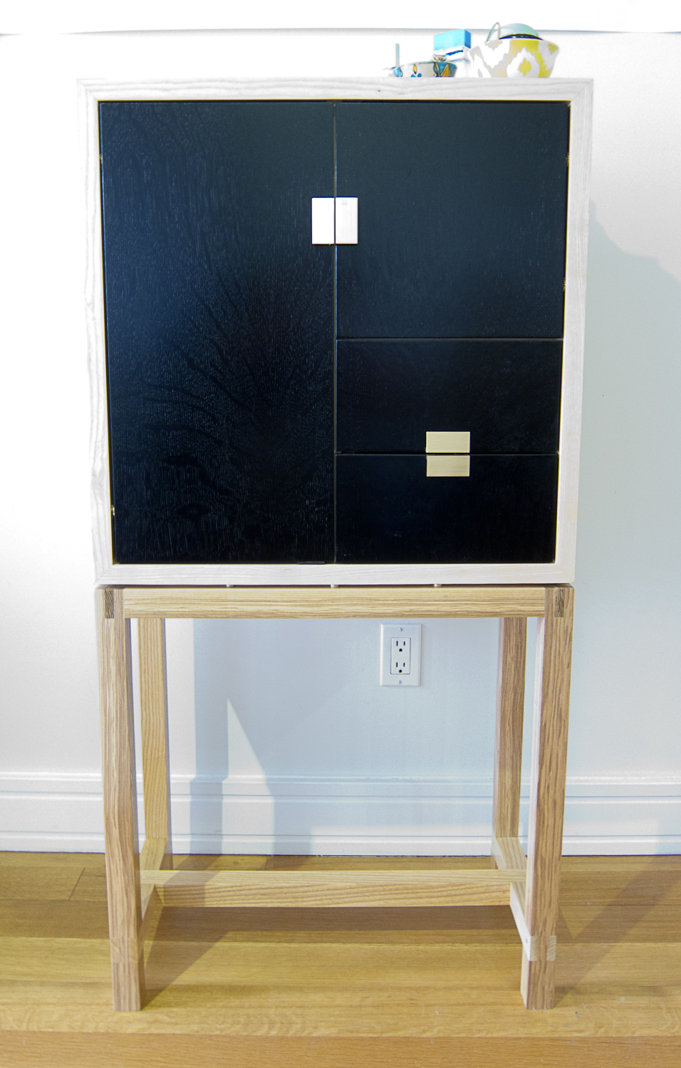 St. Clair cabinet (12 of 15).jpg