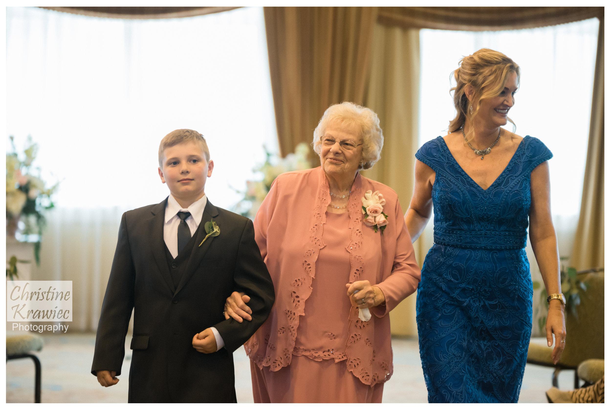 40 grooms-family.jpg