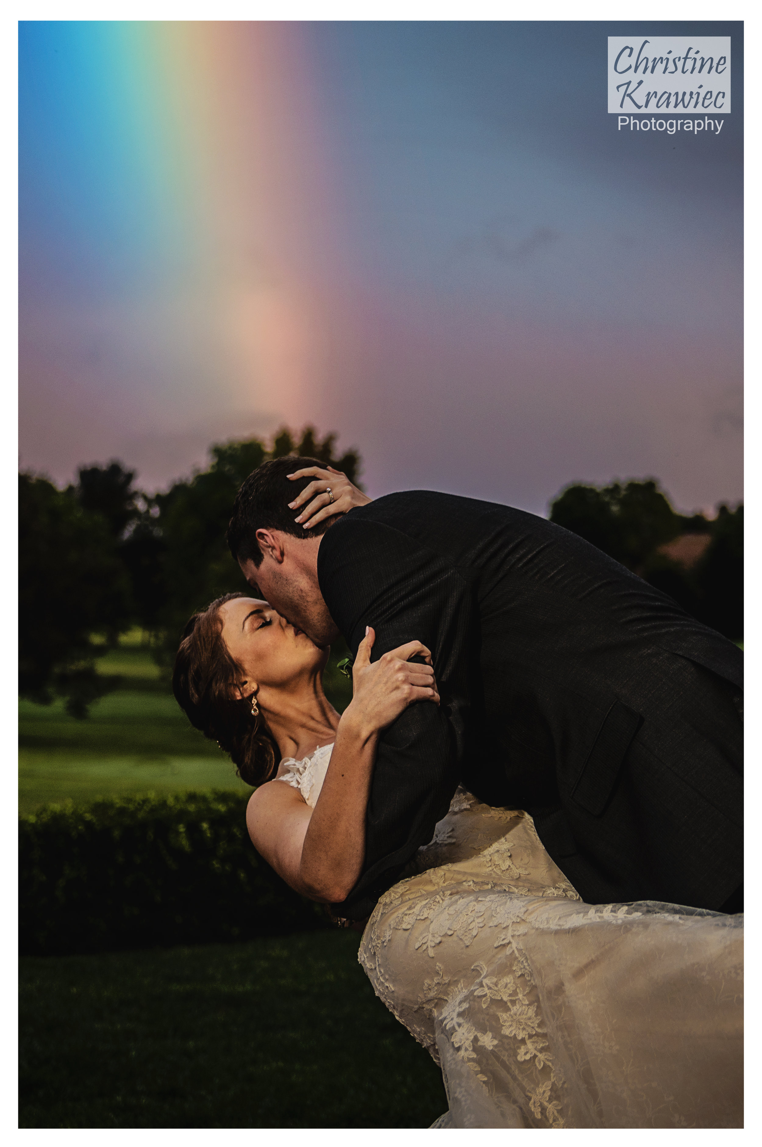 64 wedding-bride-and-groom-rainbow-dip.jpg