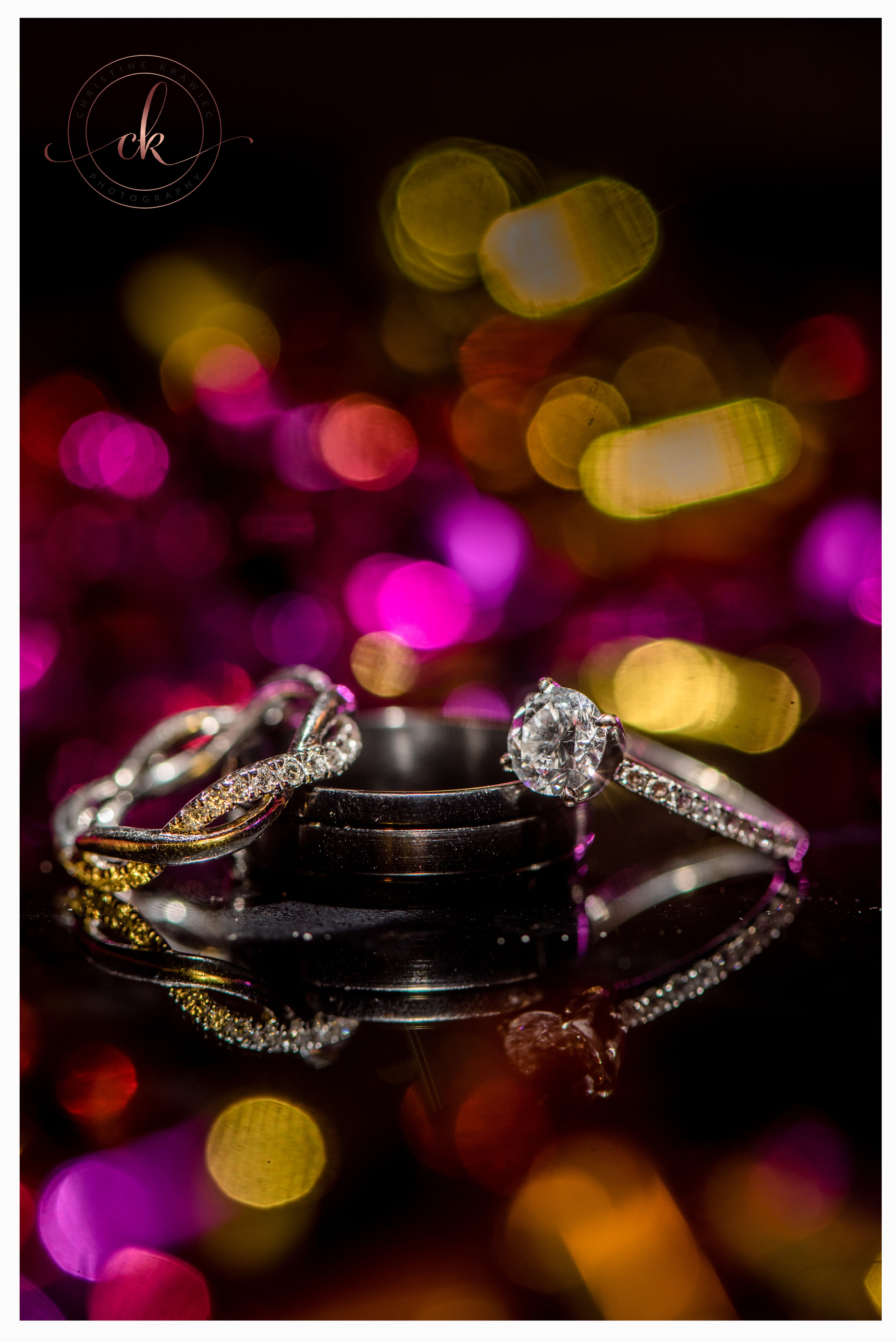 49 colorful_wedding_rings_macro.jpg