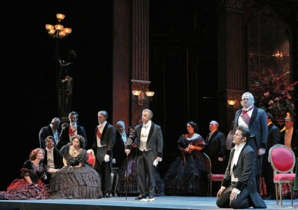 TRAVIATA-ACT-3-ALFREDOS-SORROW-425.jpg