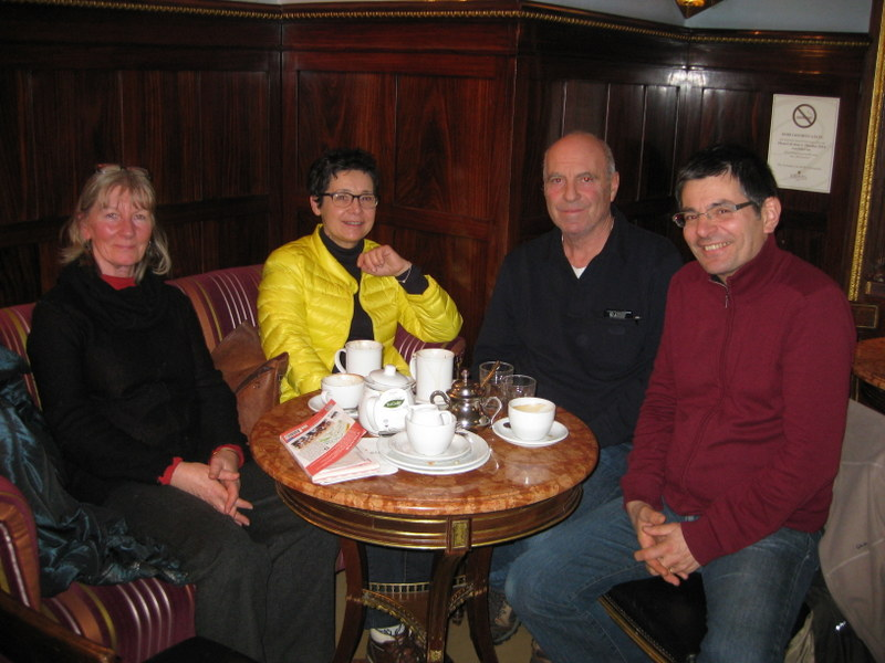 Welcome refreshments after a free walk with Vienna Greeters