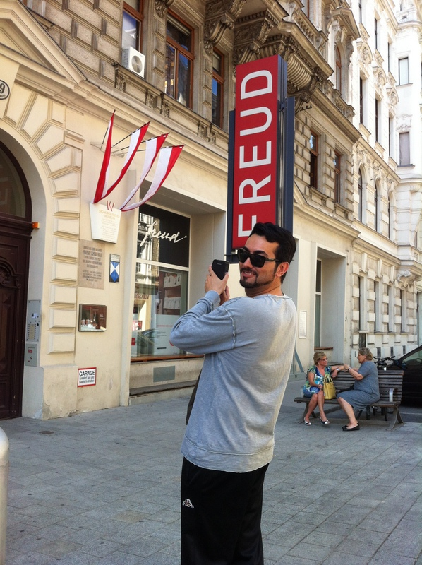 Passing the Freud museum on a Vienna Greeters walk