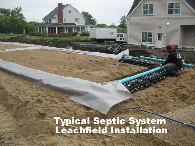 typical_septic_system_leachfield_installation.jpg