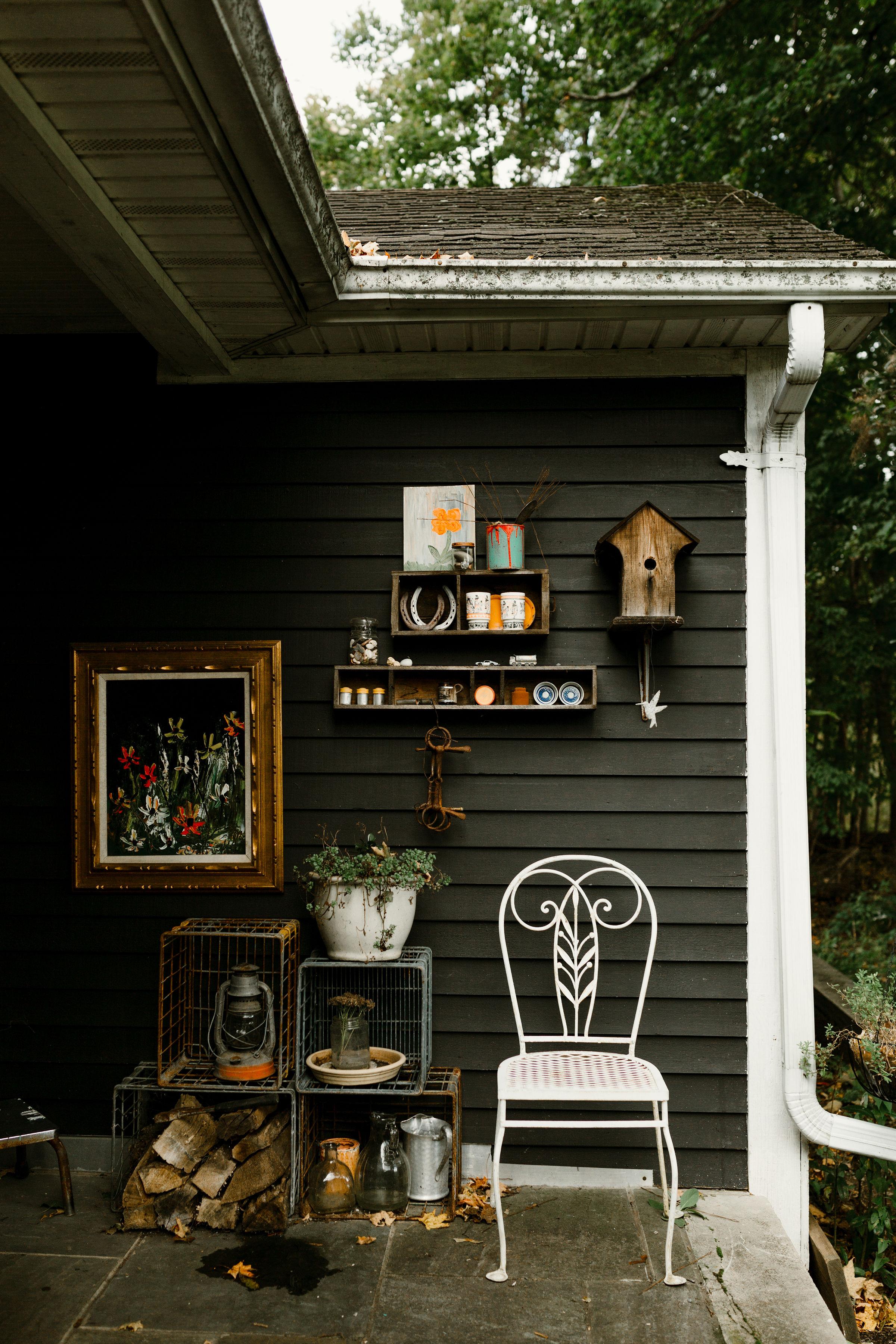 young-love-media-rustic-fall-autumn-wedding-emmerich-tree-farm-hudson-valley-warwick-new-york-getting-ready-41.jpg