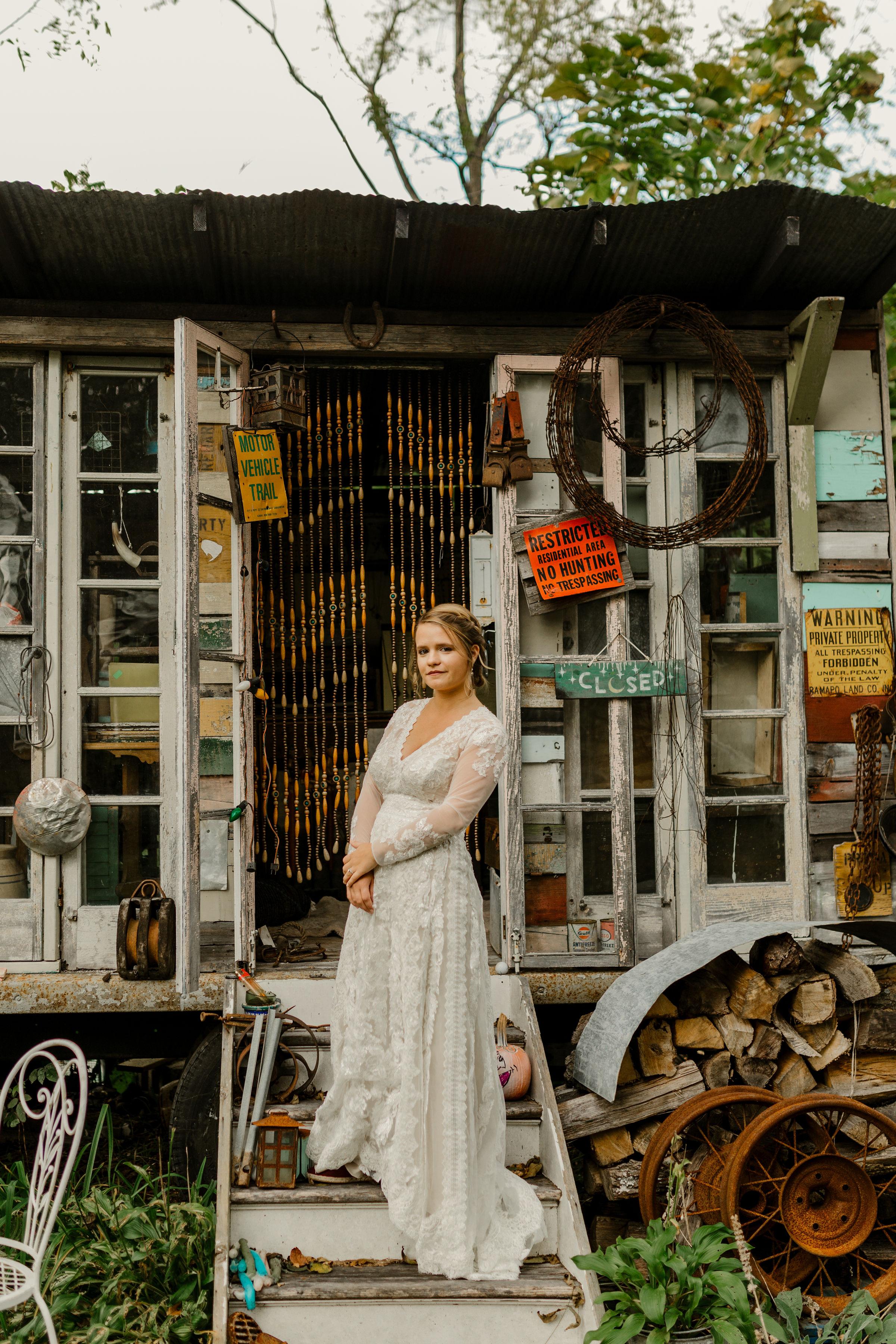 young-love-media-rustic-fall-autumn-wedding-emmerich-tree-farm-hudson-valley-warwick-new-york-getting-ready-181.jpg