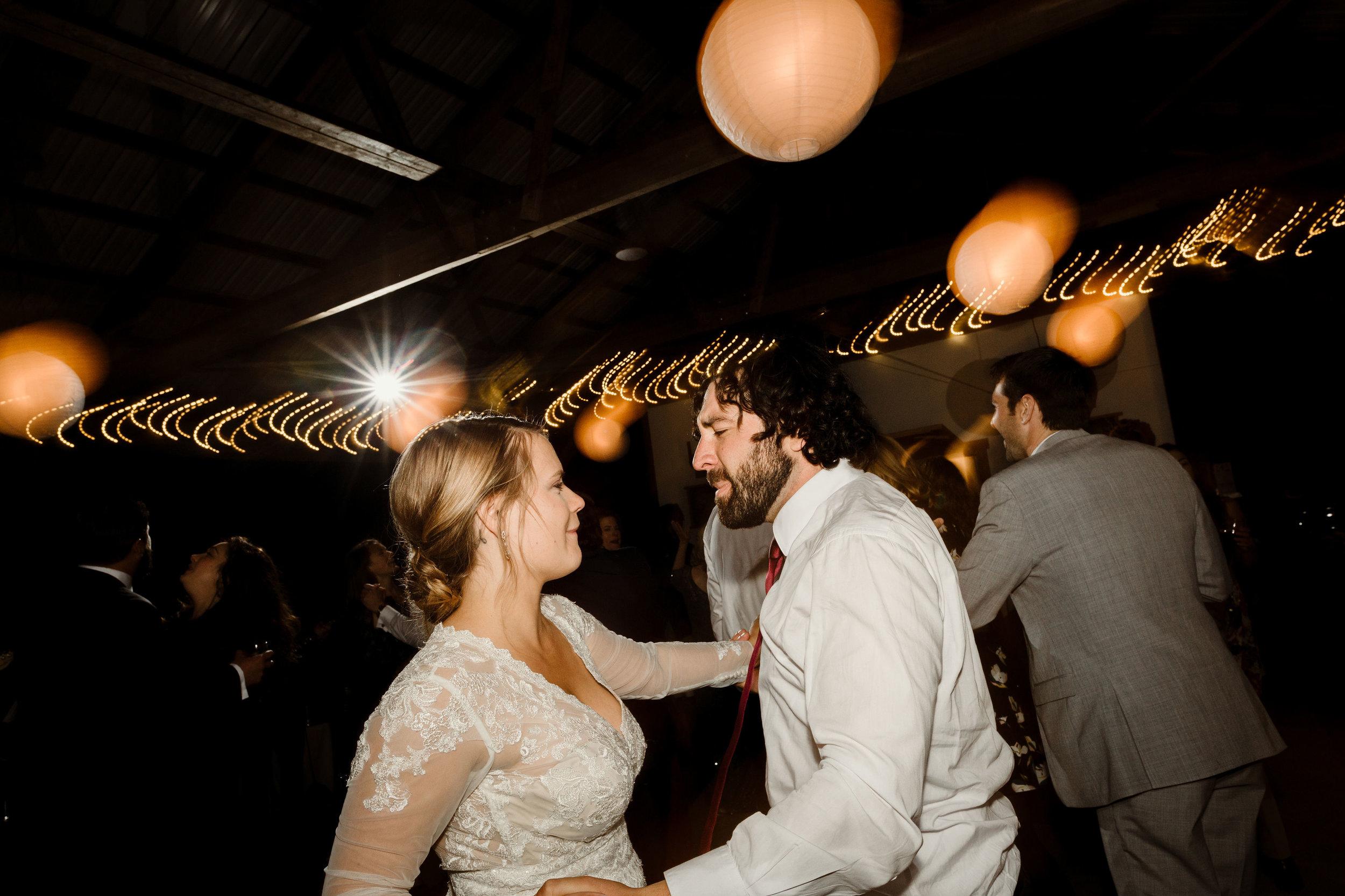 young-love-media-rustic-fall-autumn-wedding-emmerich-tree-farm-hudson-valley-warwick-new-york-reception-388.jpg