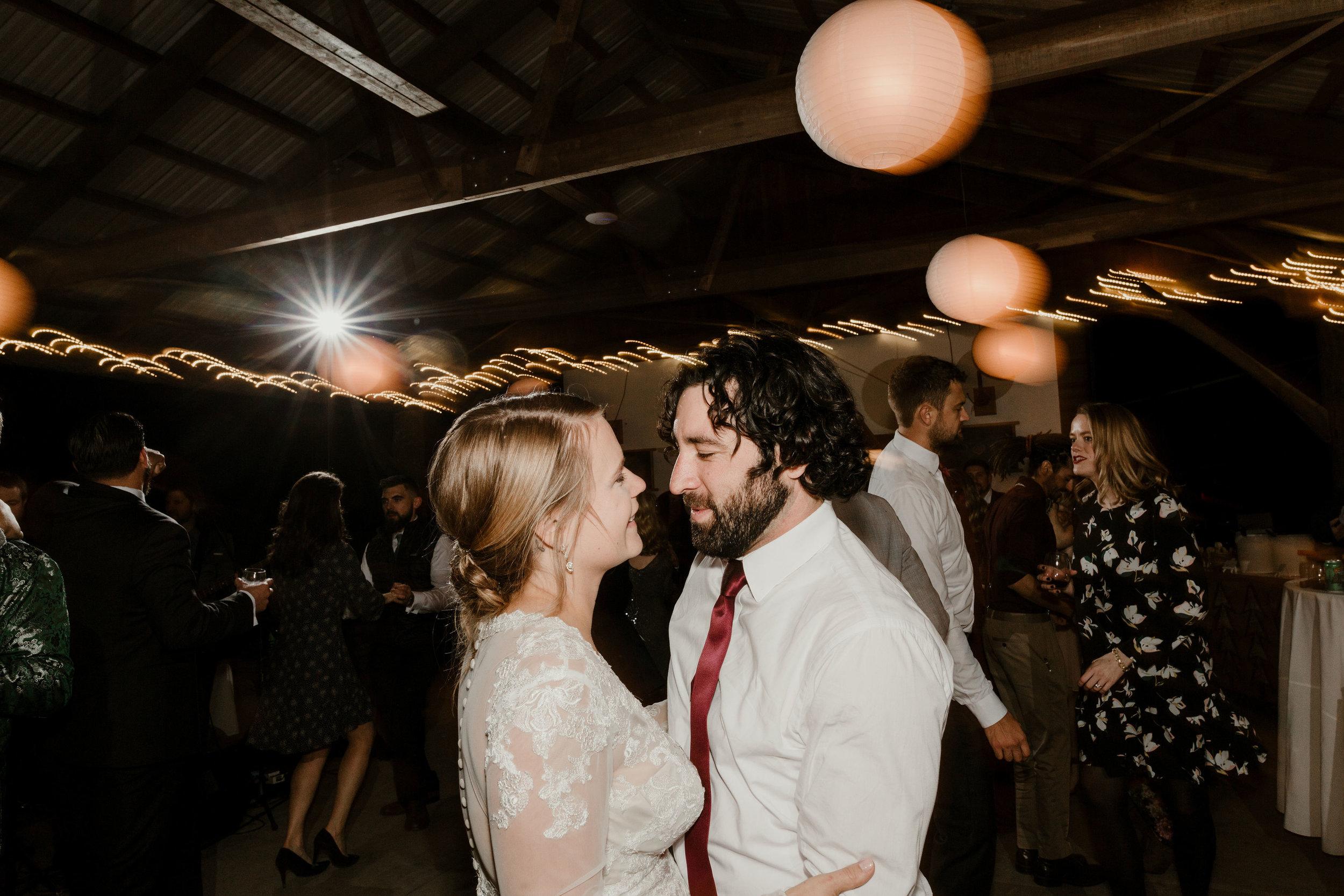 young-love-media-rustic-fall-autumn-wedding-emmerich-tree-farm-hudson-valley-warwick-new-york-reception-390.jpg