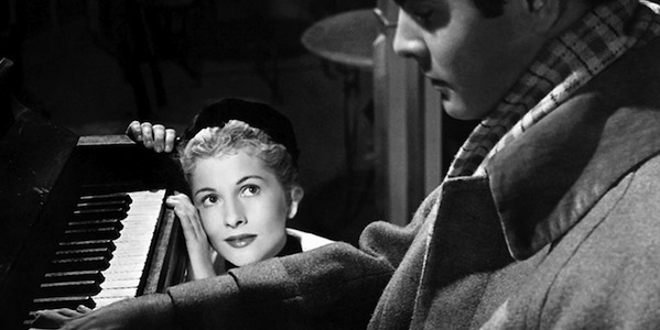 joan-fontaine-letter-unknown-woman-max-ophuls