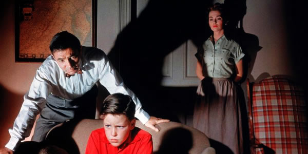James Mason, Christopher Olsen and Barbara Rush in Nicolas Ray's  Bigger Than Life
