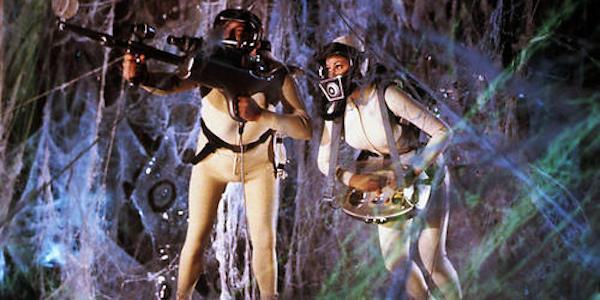 Stephen Boyd and Raquel Welch in Richard Fleischer's  Fantastic Voyage
