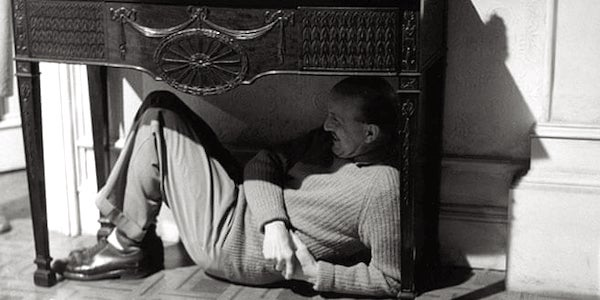 Michael Powell finds a camera angle on the set of  Peeping Tom
