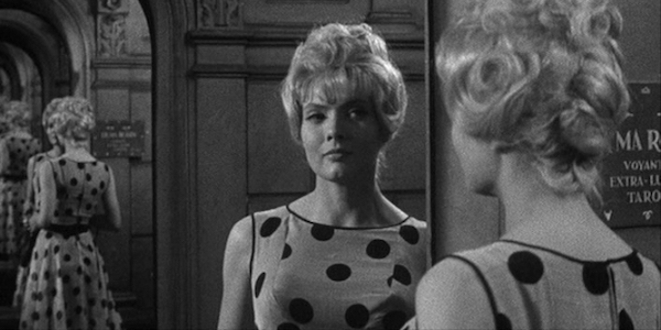 Corinne Marchand in Agnes Varda's  Cleo from 5 to 7